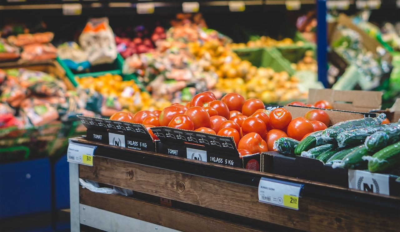 produce-section-grocery-store